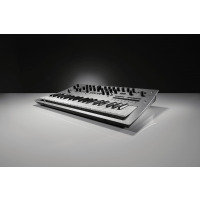 Korg Minilogue - Vue 6