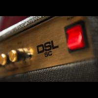 Marshall DSL5 Combo - Vue 6