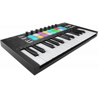 Novation LaunchKey Mini Mk3 - Vue 1
