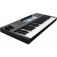 Novation Launchkey 37 Mk3 - Vue 2