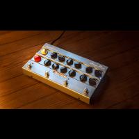Hughes & Kettner Pédalier amplifié AmpMan Classic - Vue 4